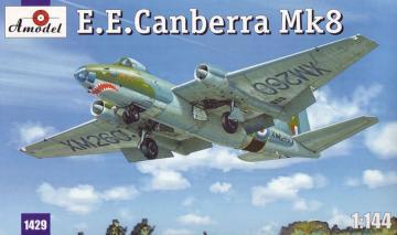 E.E.Canberra Mk.8 · AM 1429 ·  A-Model · 1:144