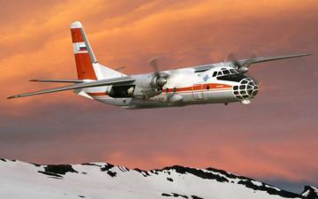 Antonov An-30D Sibiryak aerial cartograp · AM 72223 ·  A-Model · 1:72