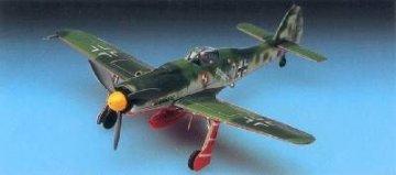 Focke-Wulf Fw 190 D Papagei · AY 12439 ·  Academy Plastic Model · 1:72