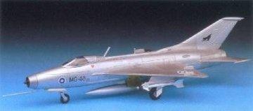 MiG-21 Fishbed · AY 12442 ·  Academy Plastic Model · 1:72