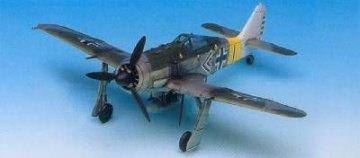 Focke-Wulf Fw 190 A-6/A-8 · AY 12480 ·  Academy Plastic Model · 1:72