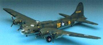 B-17F Memphis Belle · AY 12495 ·  Academy Plastic Model · 1:72