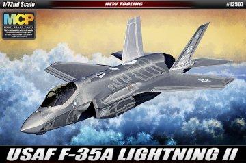 F-35A Lightning II · AY 12507 ·  Academy Plastic Model · 1:72