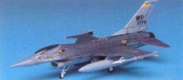 F-16 Fighting Falcon · AY 12610 ·  Academy Plastic Model · 1:144