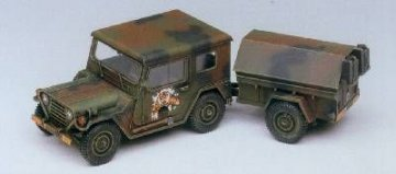 M151A2 with Trailer · AY 13012 ·  Academy Plastic Model · 1:35