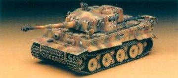Tiger I (Frueh o. Inneneinrichtung) · AY 13264 ·  Academy Plastic Model · 1:35