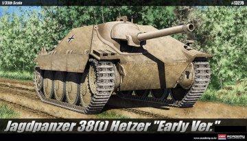 Hetzer Early Production · AY 13278 ·  Academy Plastic Model · 1:35