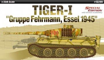 Tiger I - Gruppe Fehrmann 1945 · AY 13299 ·  Academy Plastic Model · 1:35
