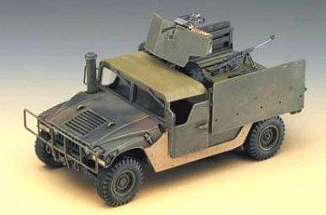 M998 Iraq · AY 13405 ·  Academy Plastic Model · 1:35