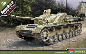 StuG IV Sd.Kfz. 167 early · AY 13522 ·  Academy Plastic Model · 1:35