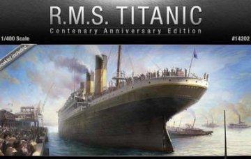 TITANIC (CENTENARY ANNIVERSARY EDITION) · AY 14202 ·  Academy Plastic Model · 1:400
