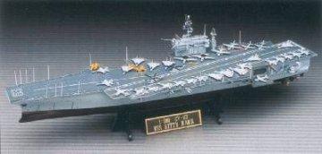 CV-63 USS Kittyhawk · AY 14210 ·  Academy Plastic Model · 1:800