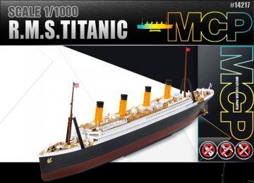 RMS Titanic (MCP) · AY 14217 ·  Academy Plastic Model · 1:1000