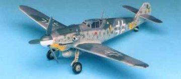 Me 109G-6 · AY 2146 ·  Academy Plastic Model · 1:48