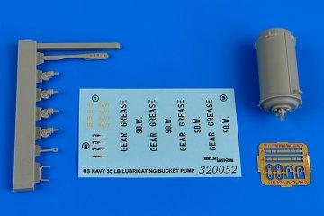 35lB.lubricating bucket pump NAVY · AERB 320052 ·  Aerobonus · 1:32