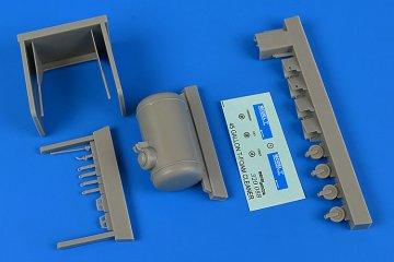 Model T-Foam cleaner (45 gallons) · AERB 320088 ·  Aerobonus · 1:32