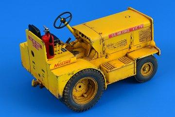 Minneapolis-Moline MT-40 Tow Tractor (USAF,US Army,CIV.) · AERB 320104 ·  Aerobonus · 1:32