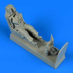 US Navy Pilot with ejection seat - A-7E Corsair II early V fitted w. Escapac IG-2 [Trumpeter] · AERB 320105 ·  Aerobonus · 1:32