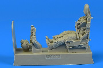 USAF Pilot for F-100 with ejection seat [Trumpeter] · AERB 320111 ·  Aerobonus · 1:32