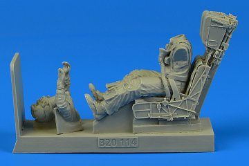 US Navy Pilot for F/A-18A/C with ejection seat [Academy] · AERB 320114 ·  Aerobonus · 1:32