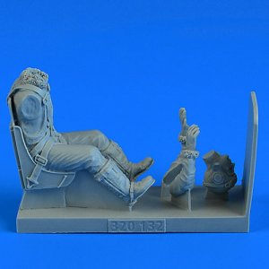 USAAF WWII Pilot with ejection seat - P-51D Mustang · AERB 320132 ·  Aerobonus · 1:32