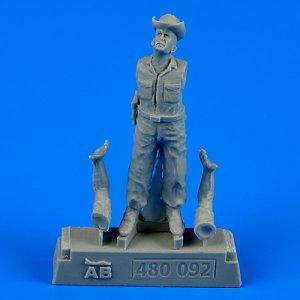 U.S.A.F. Maintenance crew-farm gate operation Vietnam · AERB 480092 ·  Aerobonus · 1:48