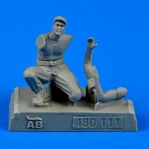U.S. Army aircraft mechanic WWII - Pacific theatre · AERB 480111 ·  Aerobonus · 1:48