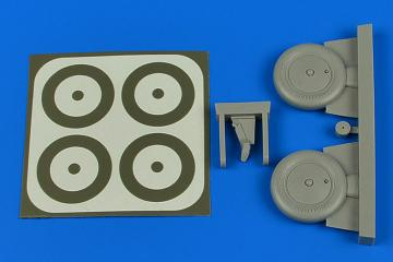 I-153 - Wheels & paint masks [ICM] · AIR 2225 ·  Aires Hobby Models · 1:32