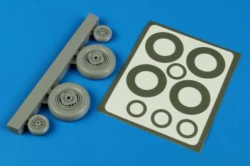 S2F Tracker - Wheels & paint masks [Kinetic] · AIR 4593 ·  Aires Hobby Models · 1:48
