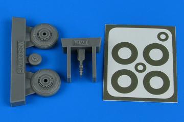 Macchi Mc.200 - Late wheels & paint masks [Italeri] · AIR 4821 ·  Aires Hobby Models · 1:48