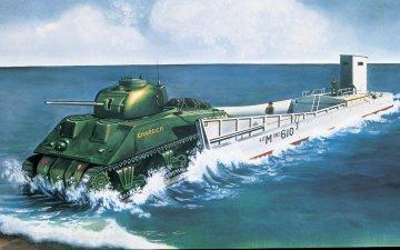 LCM3 & Sherman Tank · AX 03301V ·  Airfix · 1:76