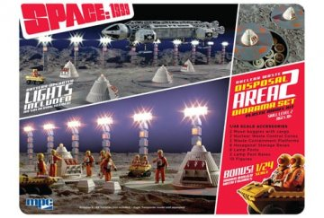 Space: 1999, Nuclear Waste Area, mit Moon Buggy · AMT 0860 ·  AMT/MPC · 1:48