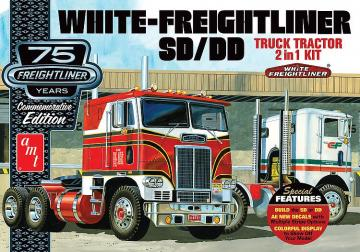 White Freightliner · AMT 1046 ·  AMT/MPC · 1:25