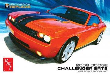 2008er Dodge Callenger SRT 8 · AMT 1075 ·  AMT/MPC · 1:25