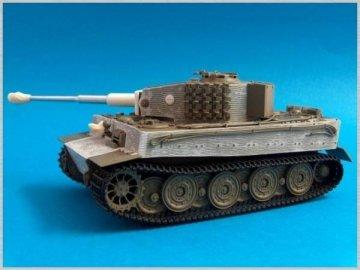 Tiger I , Sd.Kfz.181 · AT 35030 ·  Atak Model · 1:35