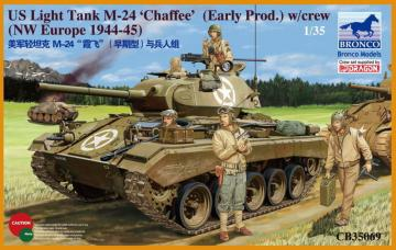 US Light Tank M-24 Chaffee (WWII Prod.) · BRON CB35069 ·  Bronco Models · 1:35