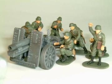 WWII German Infantry Gun SIG33 with Crew · CAE CM 7202 ·  Caesar Miniatures · 1:72