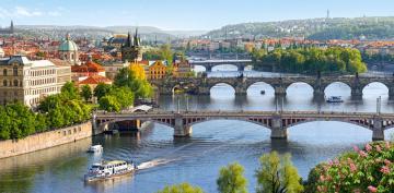 Vltava Bridges in Prague,Puzzle 4000 Tei · CAS 4000962 ·  Castorland