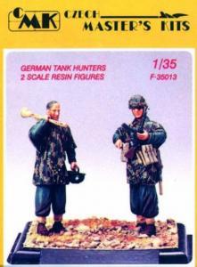German Tank Hunters (2 Figuren) · CMK CMF35013 ·  CMK · 1:35