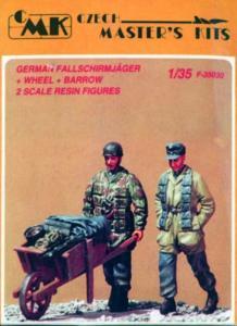 Deutsche Fallschirmjäger mit Schubkarre WW II (2 Figuren) · CMK CMF35030 ·  CMK · 1:35