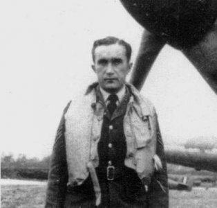 RAF Pilot Ji. Frantisek · CMK CMF48124 ·  CMK · 1:48
