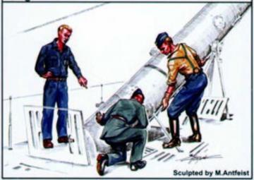 U-VII Besatzung bei der Torpedo Beladung · CMK CMF72132 ·  CMK · 1:72