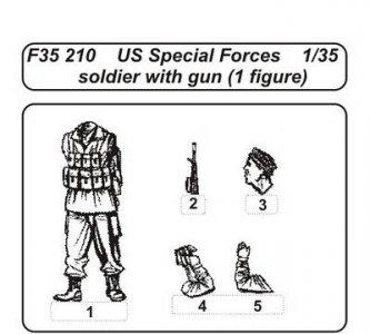 US special Forces soldier with gun (1 Figur) · CMK F35210 ·  CMK · 1:35