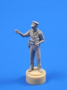 British WWII Officer from India (1 Figur) · CMK F35217 ·  CMK · 1:35
