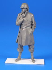 US WWII Soldier w/winter coat a.an M1rie rifle-Belgium 1944 · CMK F35287 ·  CMK · 1:35