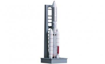 Titan IIIE w/Launch Pad SLC-41 · DR 56342 ·  Dragon Armor · 1:400
