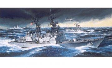 U.S.S. Spruance (DD-963) · DR 1006 ·  Dragon · 1:350