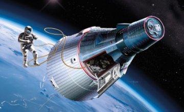 Gemini Spacecraft mit Skywalker · DR 11013 ·  Dragon · 1:72
