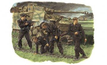 Survivors, Panzer Crew (Kursk 1943) · DR 6129 ·  Dragon · 1:35