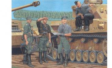 German Officers Kursk 1943 · DR 6456 ·  Dragon · 1:35